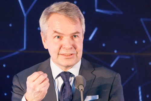Mr Haavisto argues that aid cut to Uganda is not the best alternative.