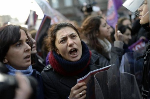 Turkish women protesting against high rates of violence against women. (AFP/Getty Images)