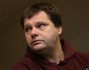 Belgian Frank Van Den Bleeken, a convicted serial rapist, attends a court hearing to determine if he will be allowed to be euthanised, on November 25, 2013
